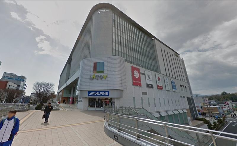 ラトブの3階がミュゼの店舗になります。