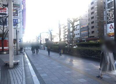 マルイ錦糸町前で右折