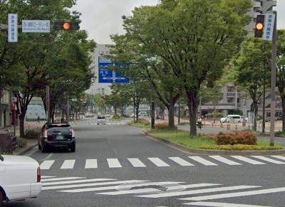 西小倉駅南口を出て