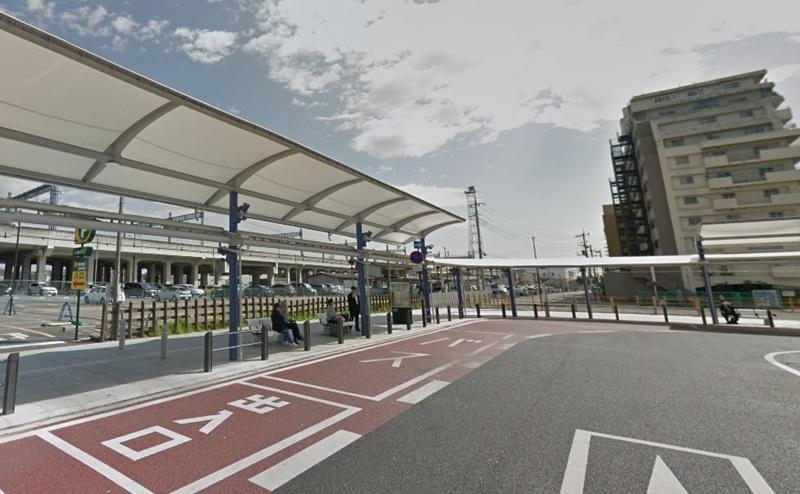 太田駅南口を出て、左に直進すると「イオンモール太田」行きのシャトルバス乗り場