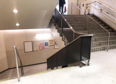 直進した先にある階段