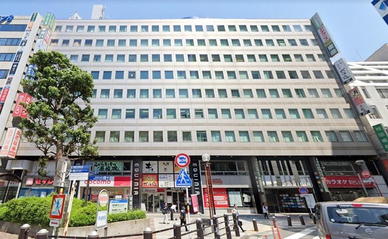 エピレ横浜本店(西口駅前)の行き方