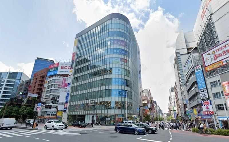 キレイモ新宿西口駅前店の行き方