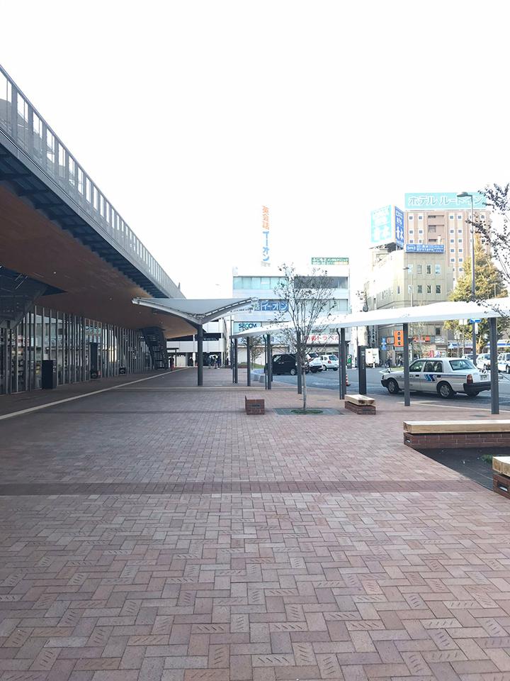 左手に周南警察署徳山交番がありますので、そちらへ進みます。