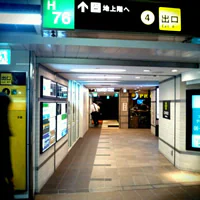 当院が入っているコフレ梅田のエレベーター
